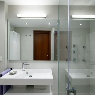 Baño principal vivienda 3